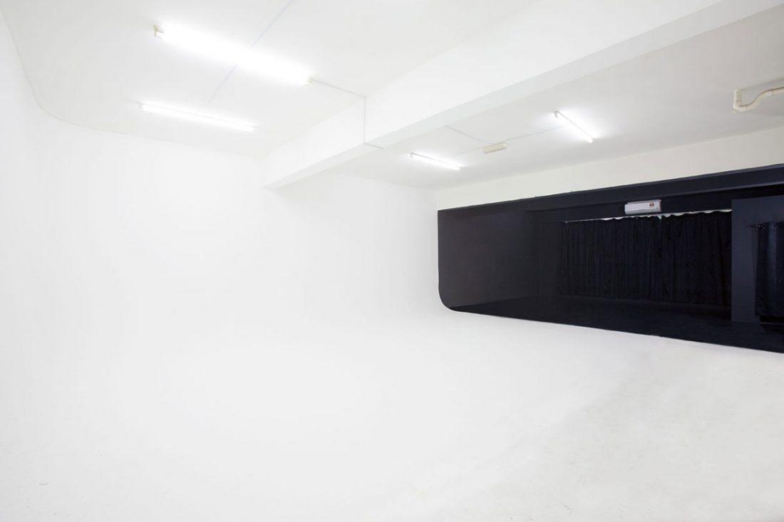 Studio PJ A - WS Studio Rental White Studio