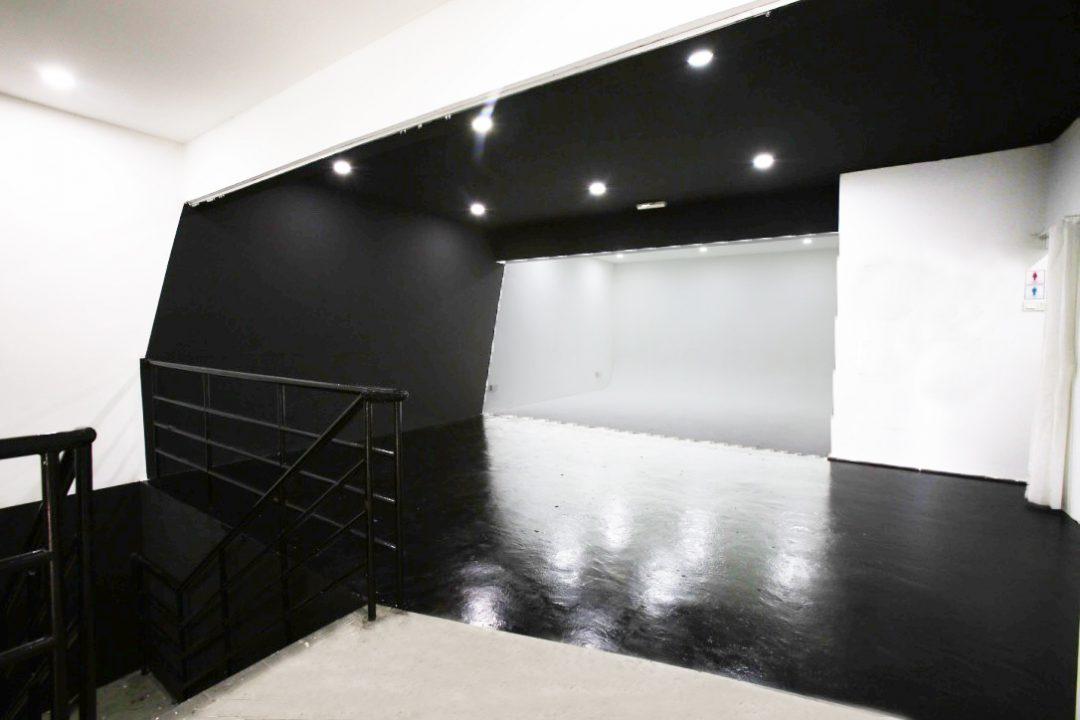 WS-studio-white-studio-web-slider-PJB-4